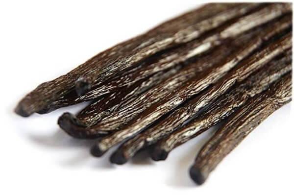 un zoom sur des gousses de vanille bourbon
