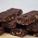 Recette de Barres de céréales maison au chocolat au lait arabica et fleur de sel marin
