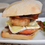Recette du burger au camembert à la confiture de mandarine et rhum