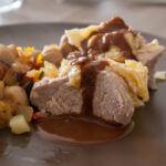 Recette du filet mignon de porc mariné sauce chocolat noir éclat de fève et sel marin