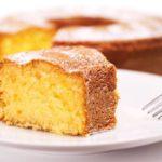 Recette du gâteau au yaourt à la confiture d'ananas, banane et rhum