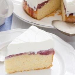 Gâteau meringué à la confiture de rose