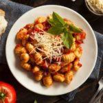 Gnocchis en sauce pimentés