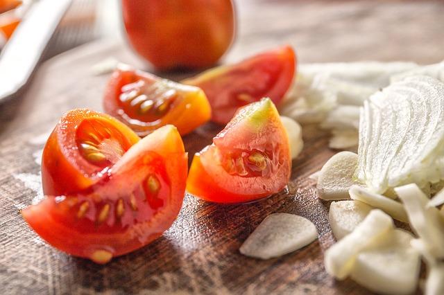 Sauce tomate maison & crème balsamique à l'ail